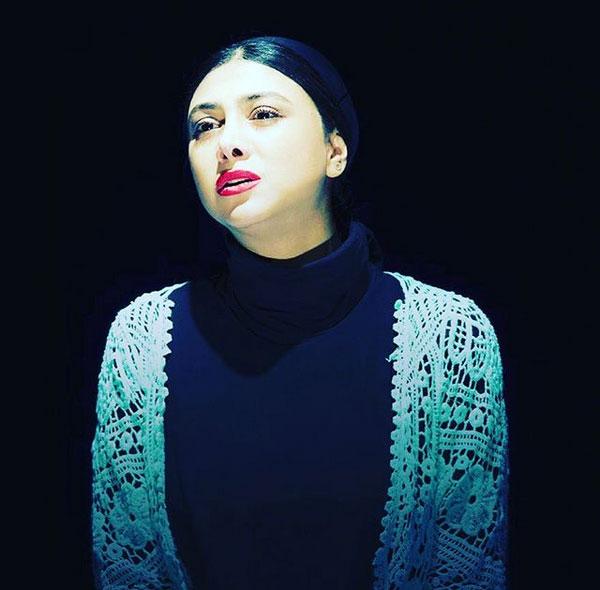 بیوگرافی آزاده صمدی و همسرش, آزاده صمدی و دخترش, علت طلاق آزاده صمدی و هومن سیدی, عکس آزاده صمدی و همسر جدیدش و ازدواج مجدد آزاده صمدی